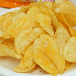 ポテトチップスの発祥や歴史!日本初のものはカルビー?