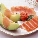 生ハムにメロンを添える食べ方の発祥とは?なぜ日本人に合わない?