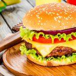 ハンバーガーの歴史や由来とは?ハンバーグとの違いや語源は